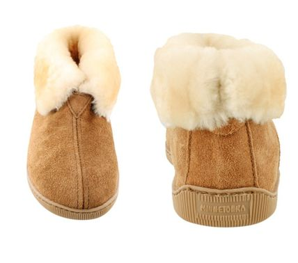 Minnetonka ブーツ セール!Minnetonka Sheepskin Ankle Boot / Tan メンズ(2)