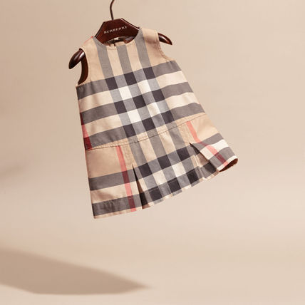Burberry baby kids check dress 2 years for