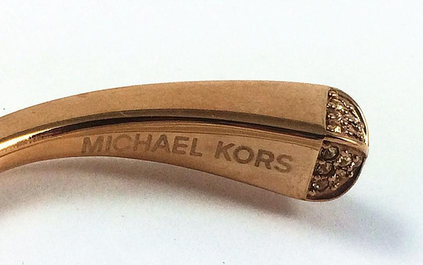 送料&関税込♪ Michael Kors☆ PYRAMID CUFF BANGLE BRACELET