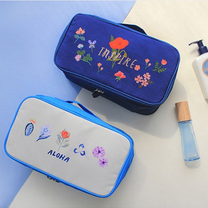 with Alice travel travel traveling underwear Pouch