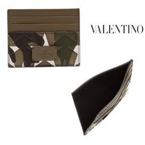 ☆ JUST IN 【 VALENTINO 】 カモフラ×星柄 カードケース ☆