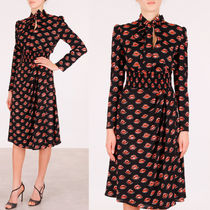 PR226 'LIPS' PRINTED CREPE DRESS WITH BOW