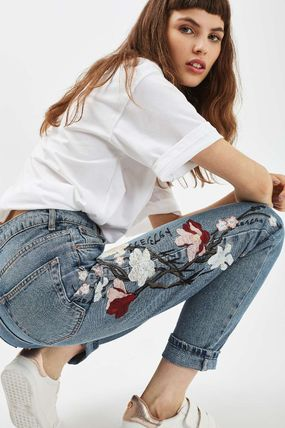 TOPSHOP デニム・ジーパン 《花の刺繍入り♪》☆TOPSHOP☆Floral Embroidered Mom Jeans(4)