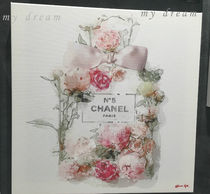 Oliver Gal 'Blooming Perfume' CHANELモチーフ(4サイズ)