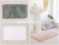 Urban Outfitters(アーバンアウトフィッターズ) ラグ・マット・カーペット 送込み_国内発送_UO*Netted Solid Bath Mat 各色♪