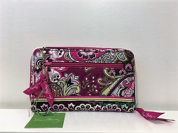 Vera Bradley Turn lock Wallet Very Berry Paisley 希少!
