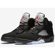【入手困難】メンズ★NIKE AIR JORDAN 5 RETRO METALLIC SILVER