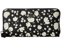 Coach(コーチ) 財布・小物その他 大人気!!Floral Printed Leather Accordion Zip Wallet 財布