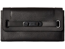Coach(コーチ) 財布・小物その他 大人気!!Pebbled Leather Coach Swagger Wallet 財布