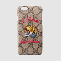 "【GUCCI】17SS新作★""L'Aveugle Par Amour""iPhone6ケース関税込"