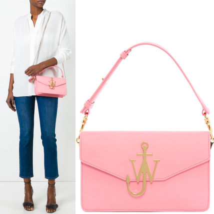 17th SS JWA033 LOGO PURSE WITH CHAIN
