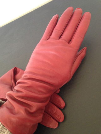 VIP SALE MCM leather gloves Red