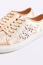 《サテンがお洒落♪》☆TOPSHOP☆CUPID Embroidery Trainers