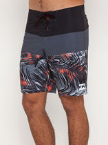 【ビラボン】Tribong X Fronds Board Shorts/ショーツ
