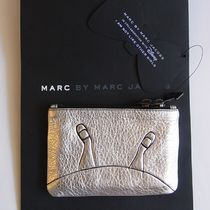 即発【MARC BY MARC】ALICE SMALL ZIP POUCH SILVERコインケース