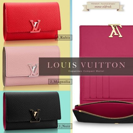 Louis Vuitton wallet capucine bifold wallet