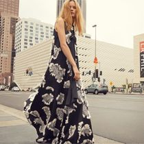 ☆ Chloe Palm Fil Coupe Sleeveless Gown
