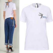MM147 SWALLOW EMBELLISHED COTTON T-SHIRT WITH RIBBON TIE
