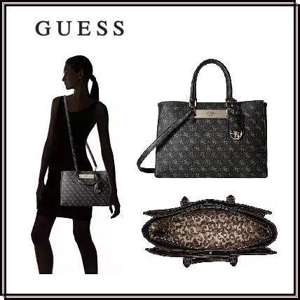 *Guess*Isla Carryall バッグ★関税・送料込★