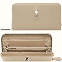 FE1362 ZIP AROUND WALLET WITH STUD & RING