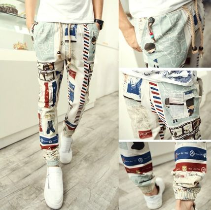Send embedded Jogger pants print colorful European