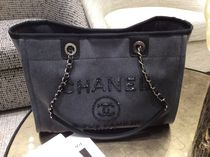 Chanel新作♡Deauville Tote M♡W Spangles D.Grey