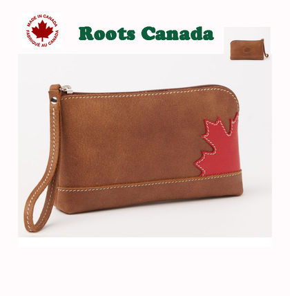 Made in Canada 〓 ROOTS メープルリーフレザーポーチ