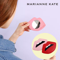 Marianne kate(マリアンケイト) メイク小物その他 Marianne kate★正規品★LIPS HAND MIRROR(PINK)