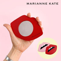 Marianne kate(マリアンケイト) メイク小物その他 Marianne kate★正規品★LIPS HAND MIRROR(RED)