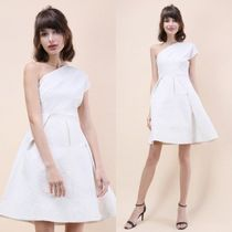送料関税込・国内発送☆Chicwish☆Embossed Asymmetrical Dress
