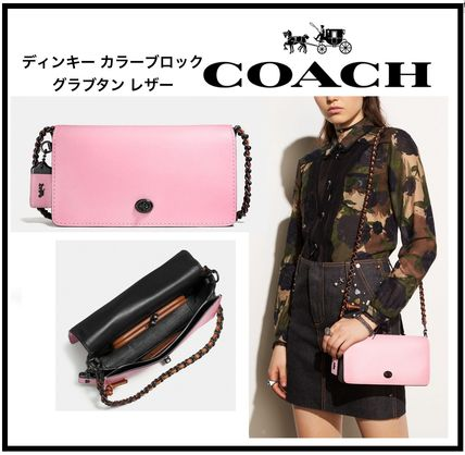 NEW!【COACH】春に持ちたいパステルピンクのDINKYバッグ 59239