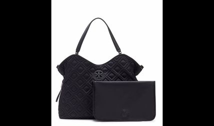 Tory Burch マザーズバッグ Tory Burch MARION QUILTED SLOUCHY BABY BAG