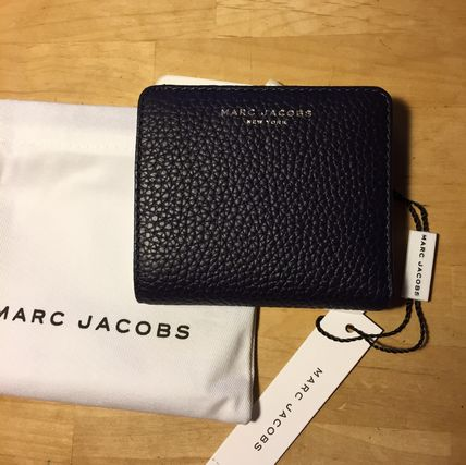 Are MARC JACOBS Gotham leather bifold wallet