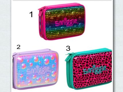 smiggle pencil case double top had smell and with