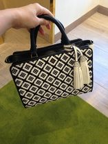 早い者勝ち! TORY BURCH ROBINSON WOVEN-LEATHER SMALL ZIP TOTE