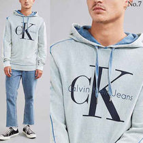 Urban Outfitters取扱い有★Calvin Klein★ビッグロゴフーディー