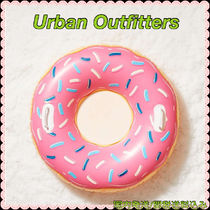 Urban Outfitters(アーバンアウトフィッターズ) うきわ 大人気★Urban Outfitters★新作 キュート! ドーナツ うきわ