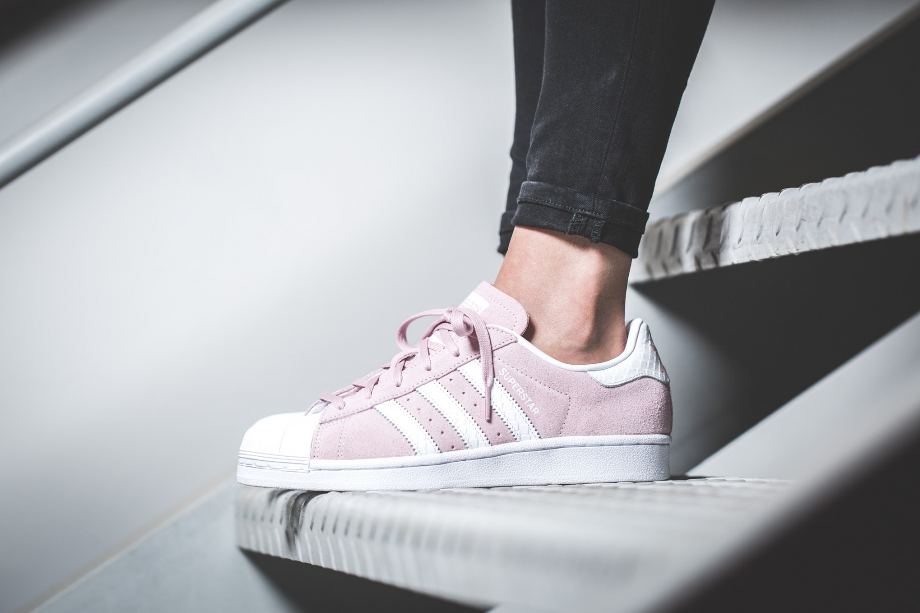 adidas Low-Top ADIDAS SUPERSTAR W PINK pink sneakers 8