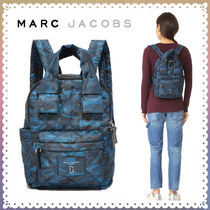 MARC JACOBS(マークジェイコブス) マザーズバッグ 【送料/関税込】MARC JACOBS★カモ ナイロン バックパック