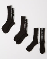 Abercrombie & Fitch(アバクロ) 靴下・ソックス 【送料無料】Abercrombie&Fitch  3-PACK ATHLETIC CALF SOCKS