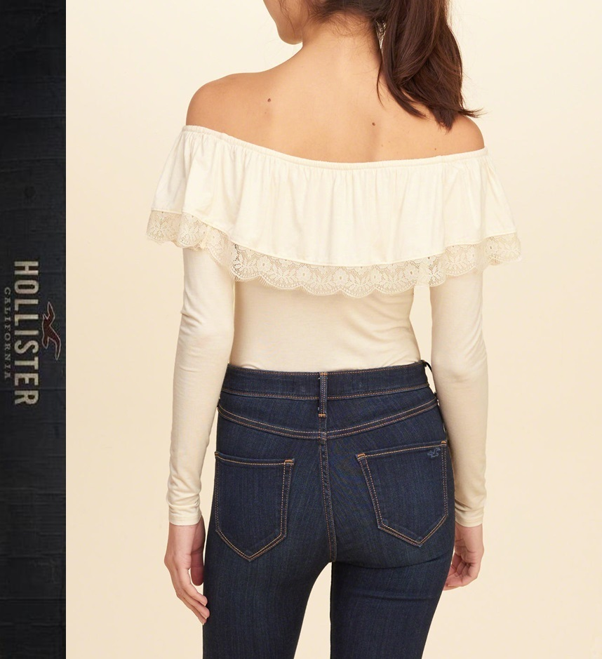 ★即発送★在庫あり★Hollister★Ruffle Off-The-Shoulder Top★