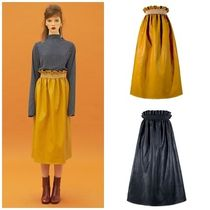 日本未入荷DEW E DEW EのLEATHER SHIRRING SKIRT 全2色