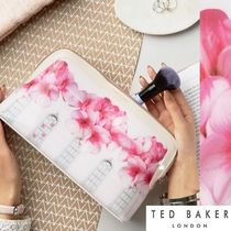 TED BAKER(テッドベイカー ) メイクポーチ 【TED BAKER】送料込*新作*ブロッサム メイクポーチ