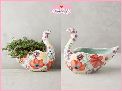17th SS * Anthro Bird In The Garden Pot