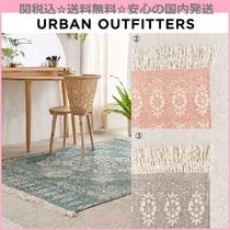 Urban Outfitters(アーバンアウトフィッターズ) ラグ・マット・カーペット 関送込☆国内発送 Urban Outfitters 新作 バンダナラグマット3色