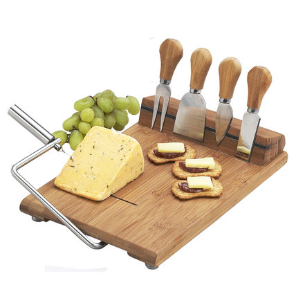 Picnic Ascot with a rectangular cheese Board cutter and wire