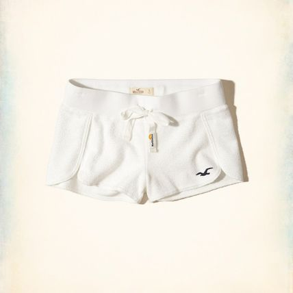 ★新作★送料込★Hollister★Reverse Terry Curved Hem Shorts★