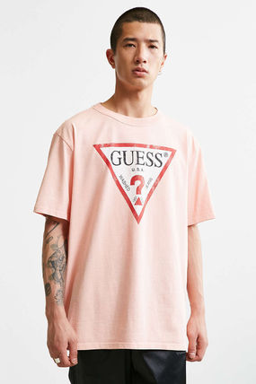 Guess Tシャツ・カットソー 【Guess】新作!可愛いピンク ロゴ Tシャツ ユニセックス◎(2)