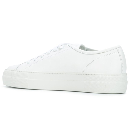 【COMMON PROJECTS】レースアップスニーカー