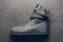 海外限定 Nike Special Field Air Force 1 SF Dust Grey ダスト